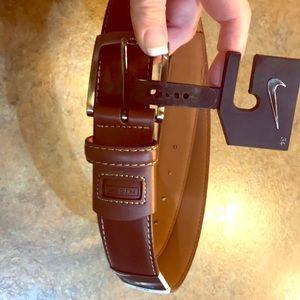 Nike golf brand brown leather belt (BRAND NEW)